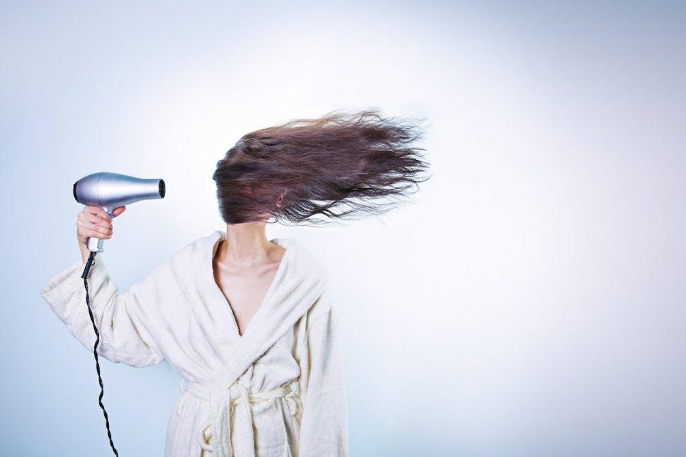 Tout savoir sur le shampoing sec
